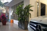 Biệt thự xa hoa, 130m2, Xe hơi vào nhà, chỉ hơn 100 triệu trên m2.