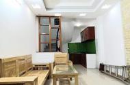 GẤP bán nhà phố Vĩnh Hưng 30m, 5 tầng, chỉ NHỈNH 2.5 tỷ giá rẻ bèo.