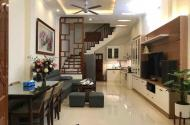Bán nhà đẹp phố Nguyễn Lân 5.5 tầng, giá 2.95 tỷ