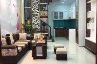 Bán nhà 5 tầng to đẹp phố Giáp Nhất, diện tích 40m2, giá 3 tỷ.