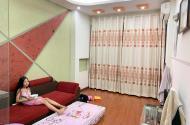 Bán nhà mặt ngõ phố Trần Duy Hưng 5T 56m2 5PN rộng, ô tô đỗ cửa 6.3 tỷ
