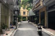 Bán nhà riêng phố Xuân La, DT 43m2, ngõ thông thoáng, ô tô cách nhà 15m, giá 3.5 tỷ