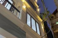 Nhà xây mới 5 tầng x 30m giá siêu rẻ, ngay gần đường Trần Hữu Dực
