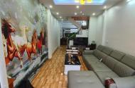 Bán nhà 70m2 x3 tầng phố Đặng Vũ Hỷ, Thượng Thanh, Long Biên, HN.
