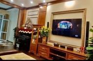 Cần bán gấp nhà phố Lạc Long Quân, 43m2, 5 tầng, mặt tiền 4.5m, 5.8 tỷ. LH: 0963233896 Mr