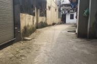 Chính chủ cần bán nhanh lô đất giá rẻ ở làng Trạm, Long Biên
