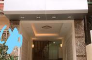 Bán nhà 5T 30m2 mới đẹp, 15m ra ô tô tránh phố Ngô Thì Sỹ giá 2.25 tỷ.