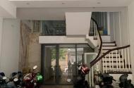 Bán nhà Phố Chùa hà,Cầu giấy. 65m, 6 tầng, 13.8 tỷ.