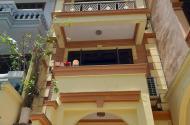 Bán nhà Trường Chinh, ô tô tránh nhau, 4 tầng.