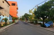 Bán đât mặt phố Cự Khối, Long Biên, 65,2m đường rộng 15m