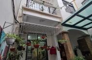 Bán nhà phố Hoàng Như Tiếp, DT76m², nội thất VIP - Ở Sướng, Giá 8 tỷ.