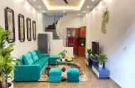 Không có căn thứ 2-Chỉ 2.05 tỷ có nhà đẹp 28m2 ở ngay phố Tam Trinh