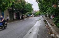 Cần bán lô đất mặt đường phố Quang Trung, Ngọc Hồi, DT 50m2 x MT 4m. 3,75 tỷ