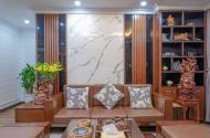Bán nhà mặt phố Trung Hòa, D tích 268m2, 5 tầng, m tiền 8m, kinh doanh, nội thất cao cấp.