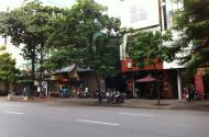 Bán nhà phố Nguyễn Khang, D tích 250m2, 1 tầng, m tiền 10m, thông số vàng, k doanh, ô tô tránh.