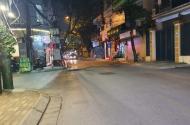 Bán mảnh đất  Kim Giang, Thanh Xuân, 2 mặt thoáng, ô tô đỗ cửa, chỉ 2.2 tỷ. Liên hệ: 0368781929