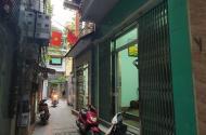 Hai Bà Trưng nhà đẹp ,đường thông , 4 tầng , chỉ hơn 80tr/m2