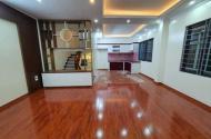 Bán nhà phố Khương Hạ Thanh Xuân, 40m2 x 4 tầng, lô góc, ô tô đỗ cửa, chỉ 3.8 tỷ
